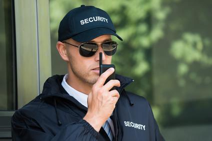Service de gardiennage de chantier, surveillance de locaux d'entreprise et securité des biens et personnes