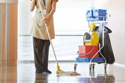 Entretien et nettoyage de commerces, boutiques, supermachés.